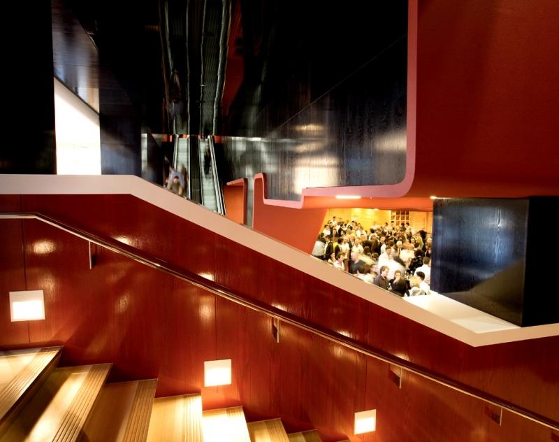 Foyer Office Phone Number : Audi foyer
