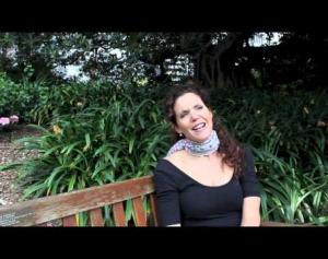 Sara Macliver On Singing at Dinner Parties