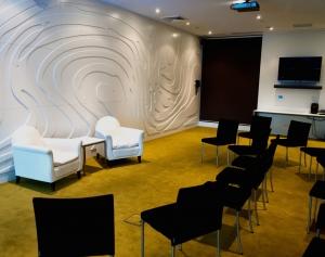 Boardroom Salzer 2.jpg