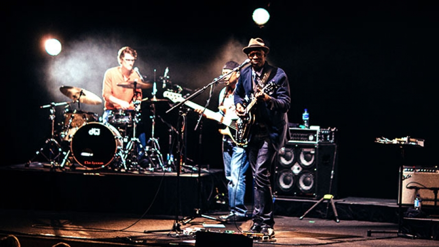 KebMo---Jazz-at-the-Centre.jpg