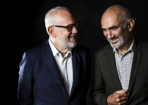 A picture of Paul Grabowsky (L) and Paul Kelly (R) together