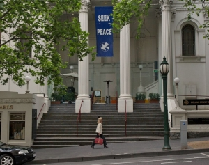 Collins Street Baptist Church: Outside
