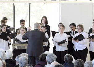 The_Choir_of_Trinity_College_Melbourne.jpg