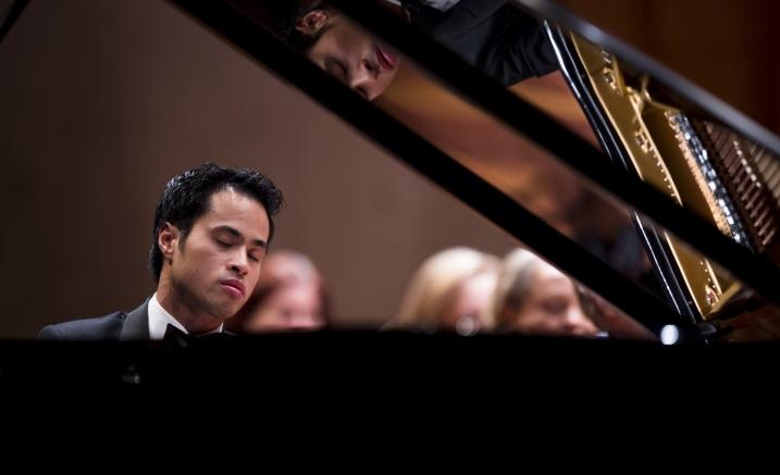 Hoang Concerto Concert HERO Image.jpg