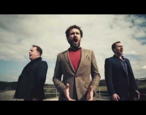 THE CELTIC TENORS   Forever Young (HD)
